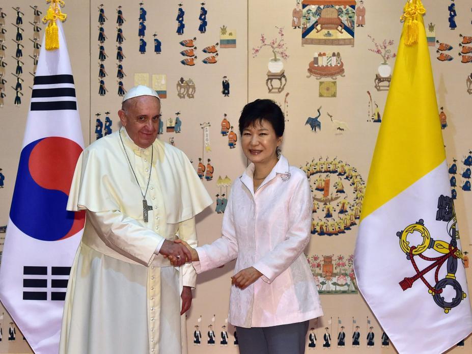 (Lusa) O Papa e a presidente da Coreia do Sul