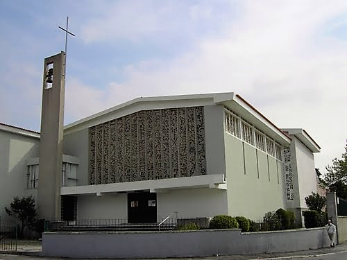 Igreja: Franciscanos celebraram 50 anos da igreja do Convento da Luz, foco de «comunidade»