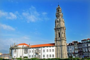 """Porto: O """"Mistério do Natal na Iconografia"""" na Torre dos Clérigos"""
