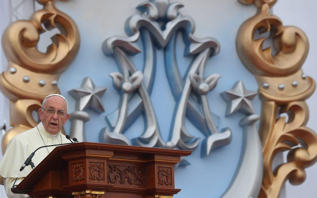 Peru: Papa presta homenagem à Virgem Maria, «Mãe Mestiça», que acompanha todos os povos