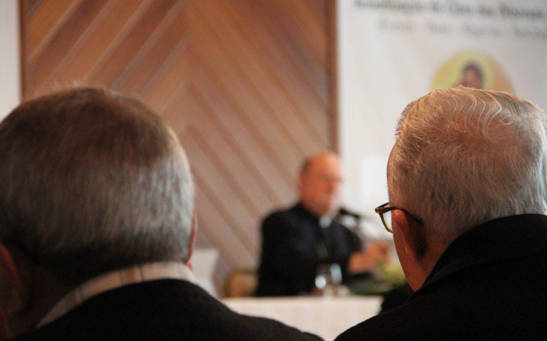 Igreja: Presidente do Conselho Pontifício da Cultura defende Cristianismo em diálogo, sem tentação de se fechar em si