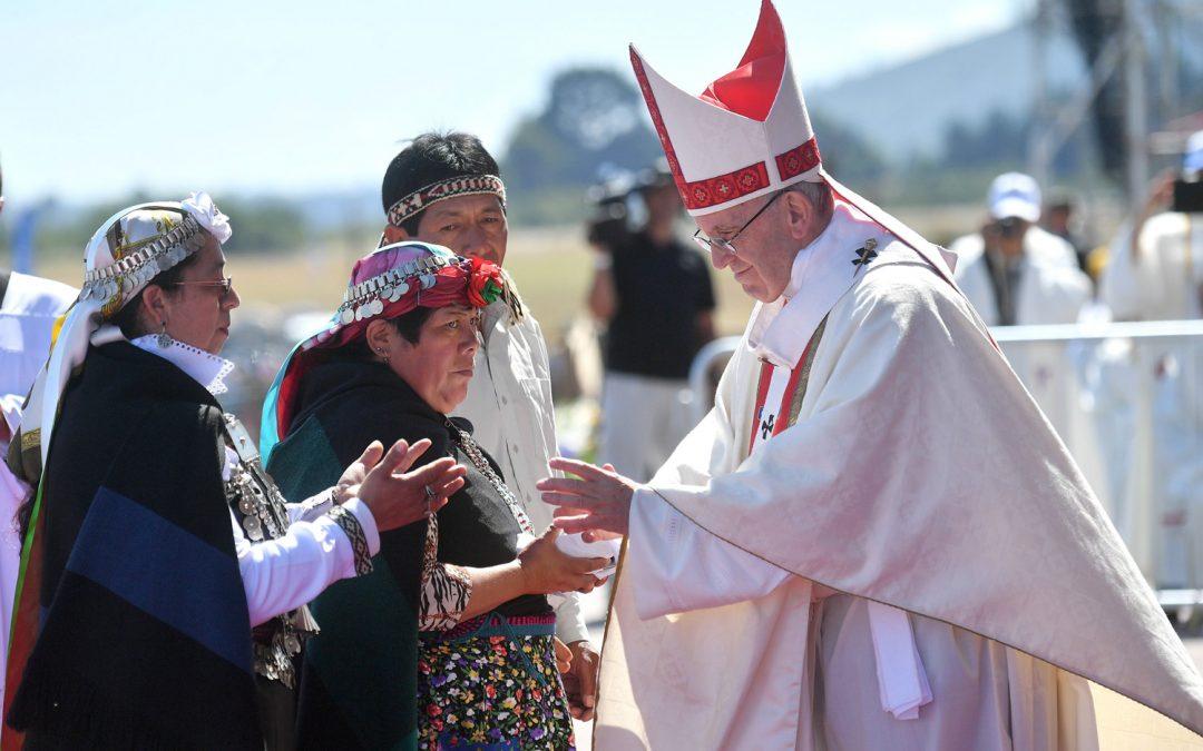 Chile: Papa denuncia «graves atentados» cometidos contra os direitos dos indígenas