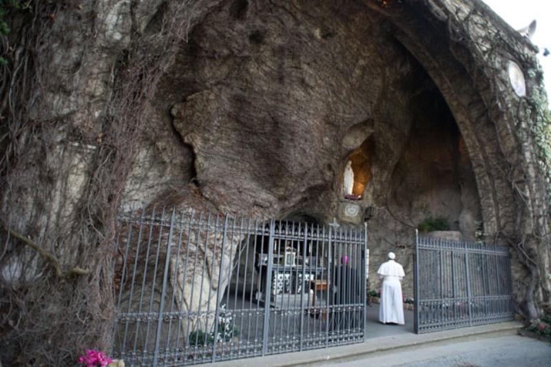 Comunicação: Vaticano leva conferência sobre «Media e Verdade» ao santuário de Lourdes
