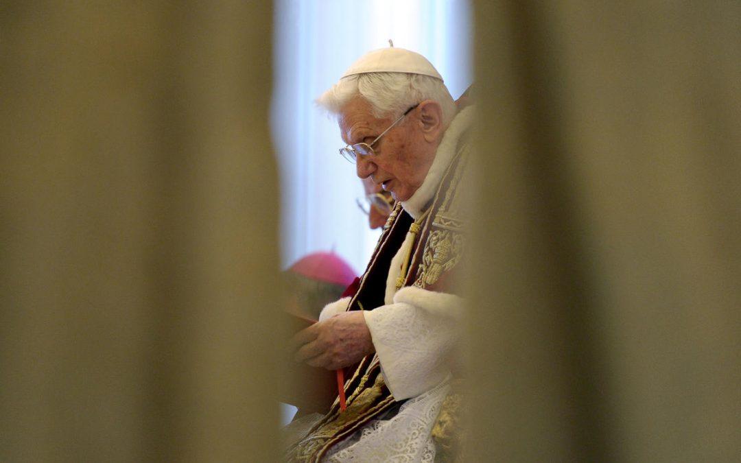 Vaticano: Renúncia de Bento XVI aconteceu há cinco anos