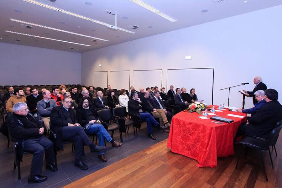 Açores: Bispo de Angra quer apostar na formação para ultrapassar o «deficit de cultura teológica»