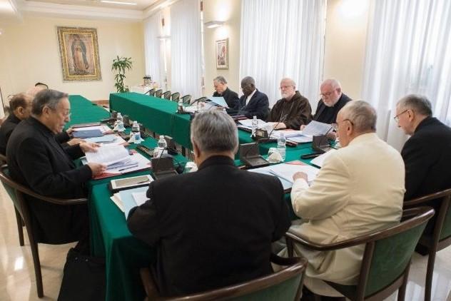 Vaticano: Papa estuda criação de tribunas regionais para julgar casos de abusos sexuais