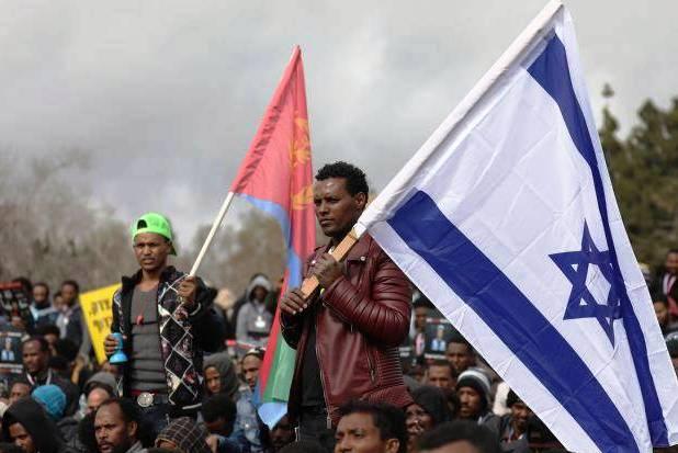 Israel: Governo intima requerentes de asilo para voltarem aos seus países