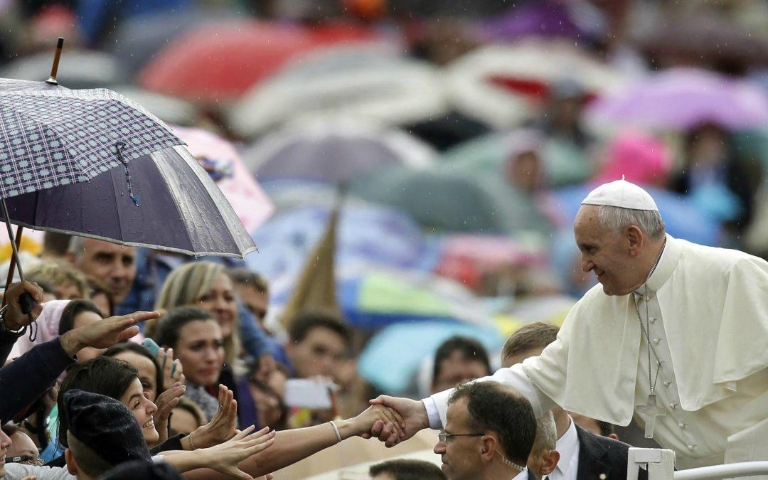 Vaticano: Papa assinala início da Quaresma com pedido de atenção aos pobres