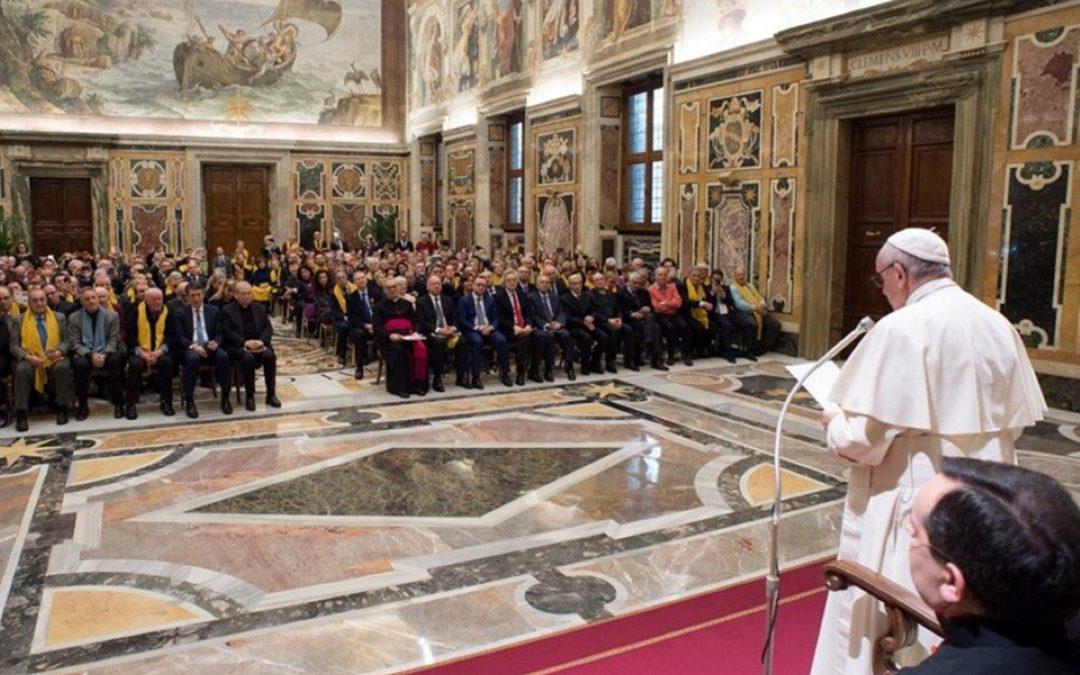 "Vaticano: Francisco quer ""mentalidades de legalidade e honestidade"" face à usura"