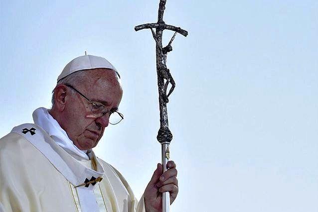 Francisco/5.º aniversário: Responsáveis católicos destacam pontificado de desafios