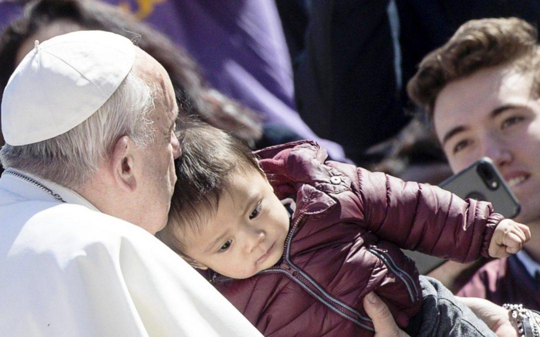 Vaticano: «Não esqueçamos a grande oração, a que Jesus nos ensinou», pede o Papa em catequese sobre o Pai-Nosso