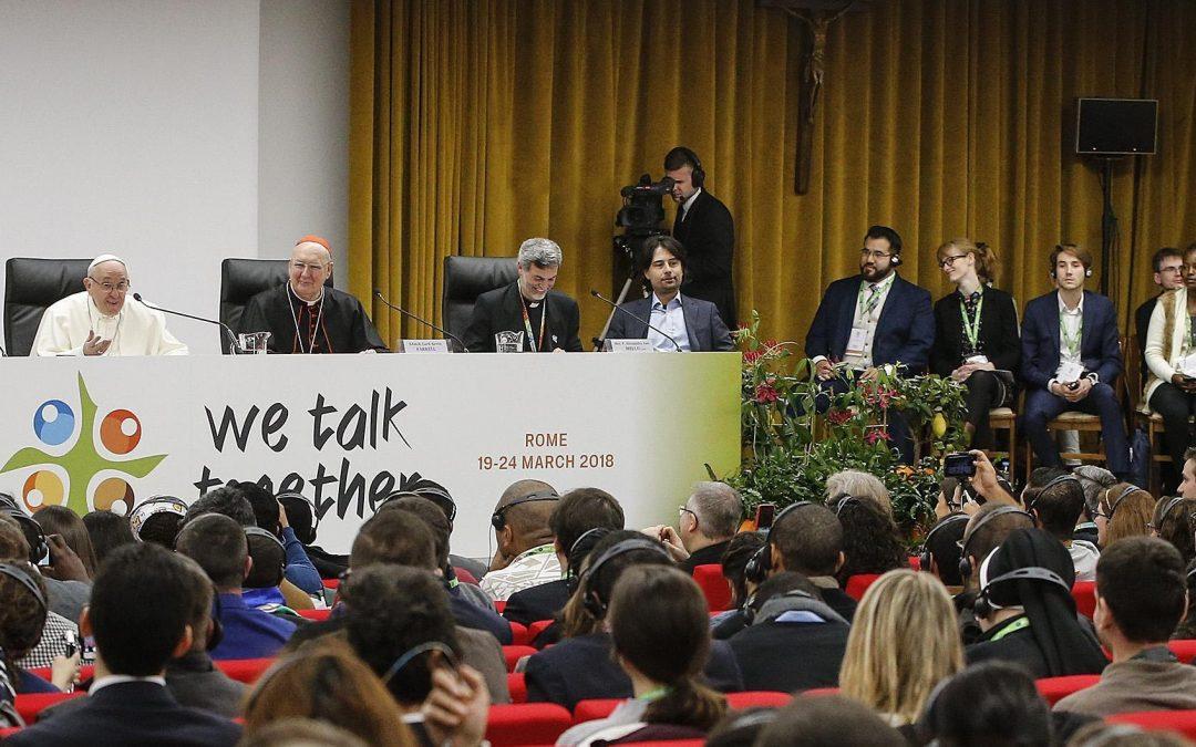 Pré-sínodo: Papa diz que é preciso «levar jovens a sério»