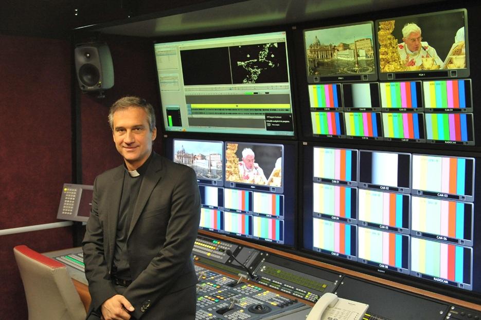 Vaticano: Papa aceita demissão do prefeito da Secretaria para a Comunicação