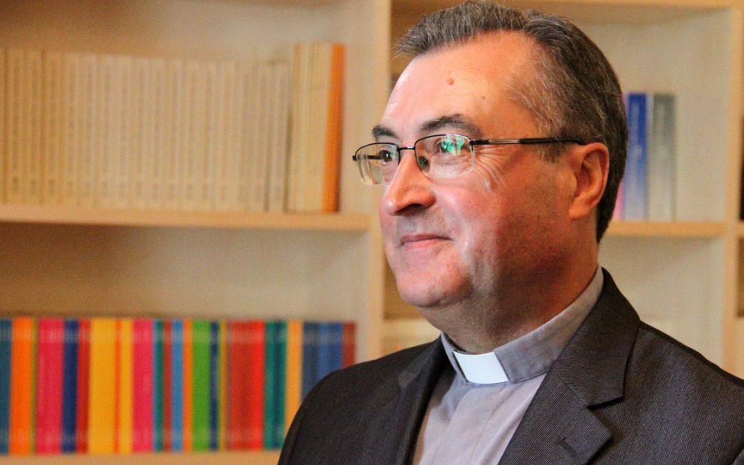 """Porto: Novo bispo diz que pobres e justiça social são «prioridade» <img src=""""http://www.agencia.ecclesia.pt/portal/wp-content/uploads/2018/07/icon_video20.png"""">"""