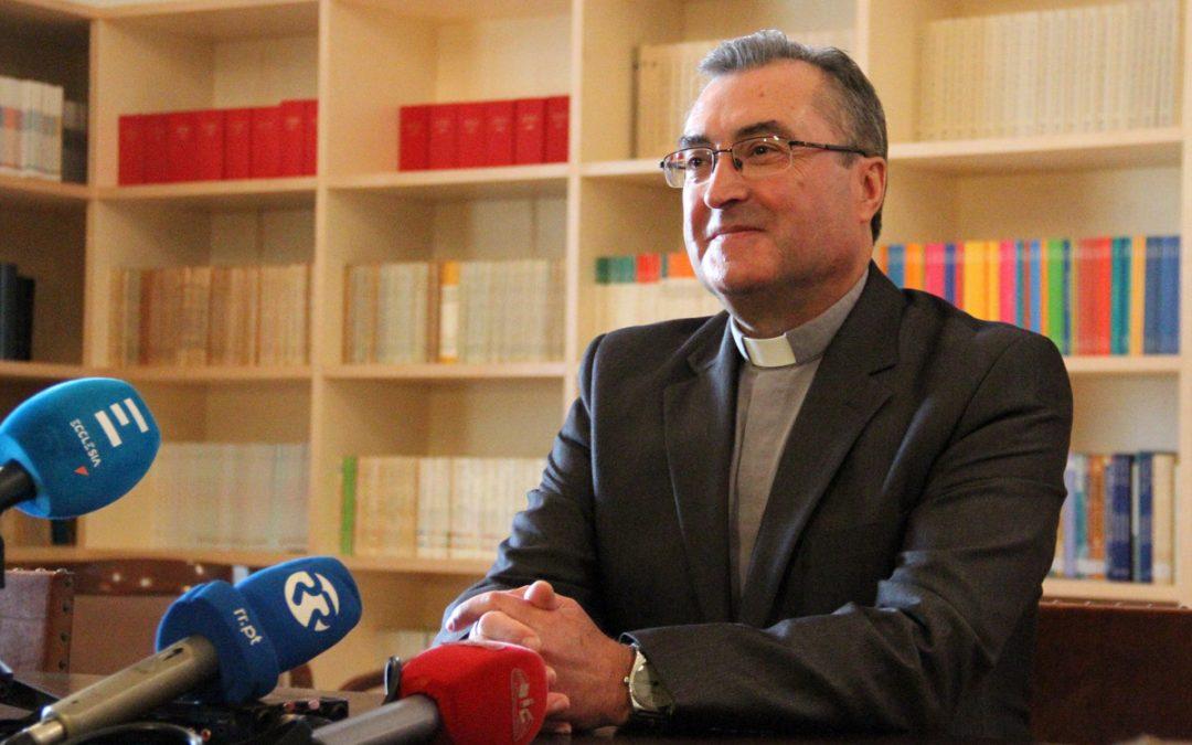 """Porto: Novo bispo quer Igreja «na linha da frente» da reinserção dos desfavorecidos <img src=""""http://www.agencia.ecclesia.pt/portal/wp-content/uploads/2018/07/audio.png"""">"""