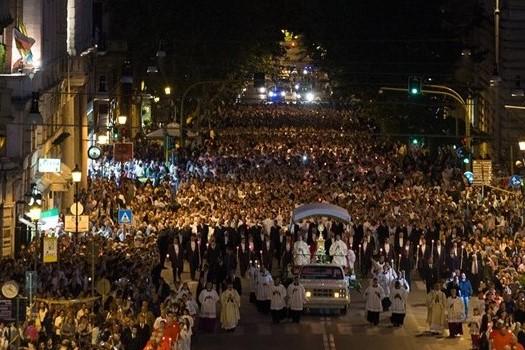 Itália: Papa vai presidir à Solenidade do Corpo de Deus em zona afetada pela Mafia