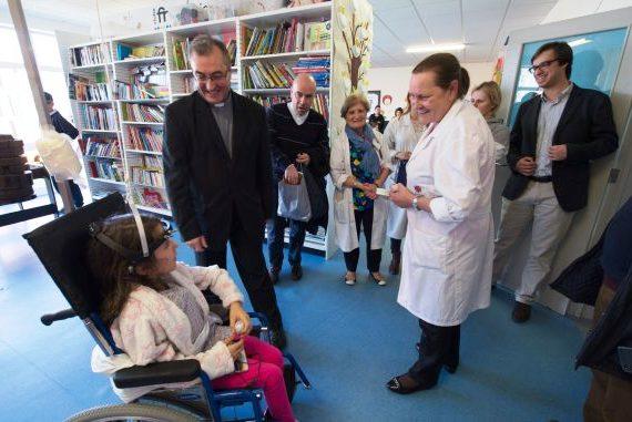 Porto: Primeira visita do novo bispo foi à ala pediátrica do Hospital de São João