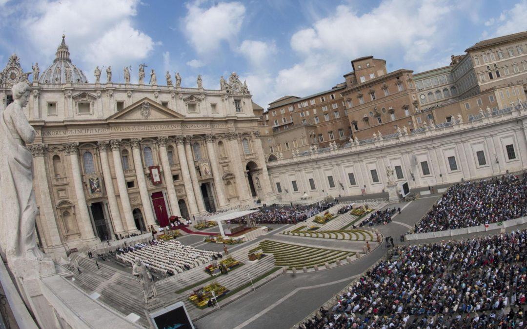 Vaticano: Papa celebra festa da Misericórdia com milhares de pessoas e desafia católicos a «deixar-se perdoar»