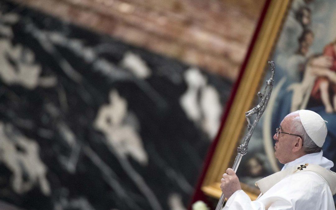 Vaticano: Papa quer padres «simples» para levar mensagem de misericórdia à Igreja e à sociedade