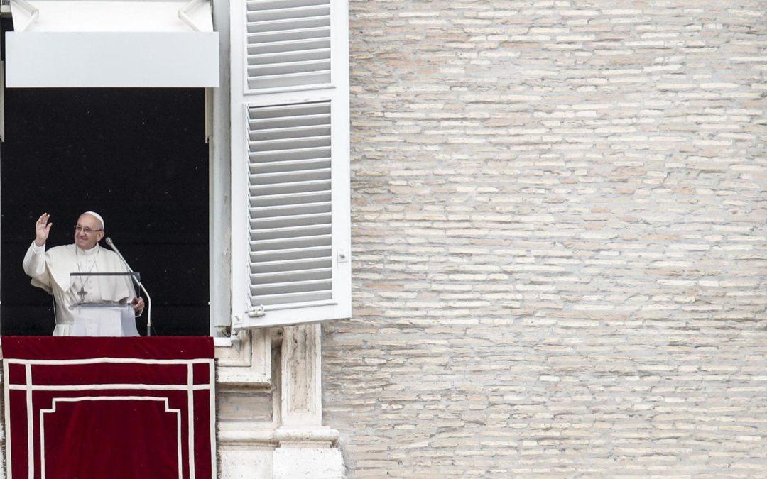 Vaticano: Francisco defende atenção aos doentes terminais