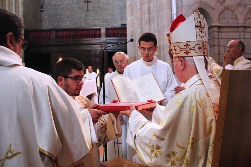 Guarda: Bispo pede investimento no «discernimento vocacional» para que jovens assumam «risco da escolha»