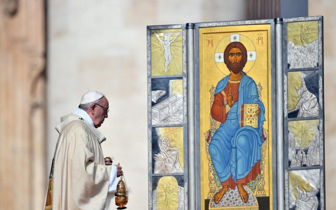Vaticano: Papa recorda cristãos perseguidos em mensagem de Páscoa