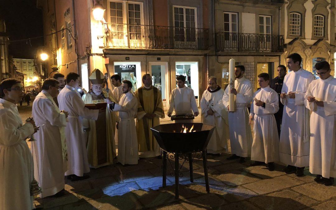 Vigília Pascal: Anúncio da ressurreição faz-se com palavras e «sobretudo com a vida» – Bispo de Viana do Castelo