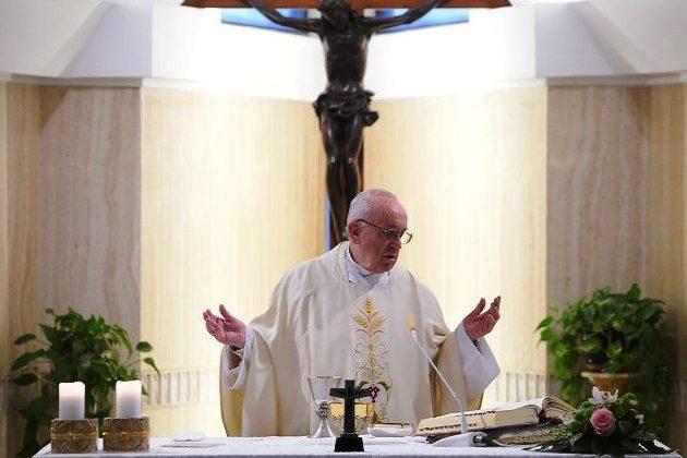 Vaticano: Papa convida a acompanhar novas gerações no mundo virtual