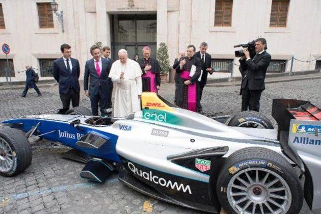 Vaticano: Fórmula E «acelera» com a bênção do Papa