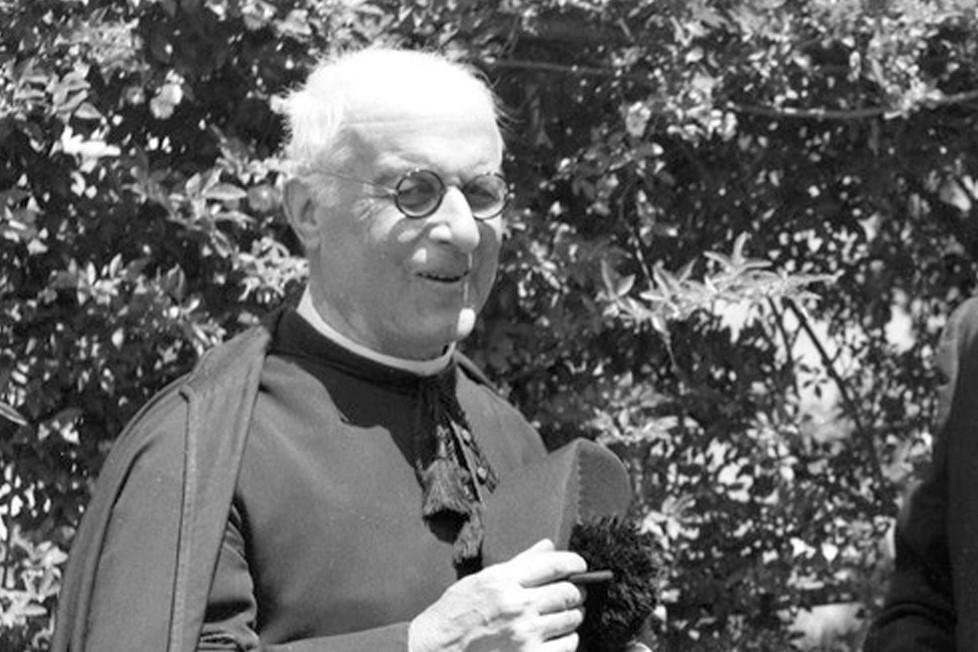 Vaticano/Portugal: Papa abre caminho à beatificação do cónego Formigão, «apóstolo de Fátima»