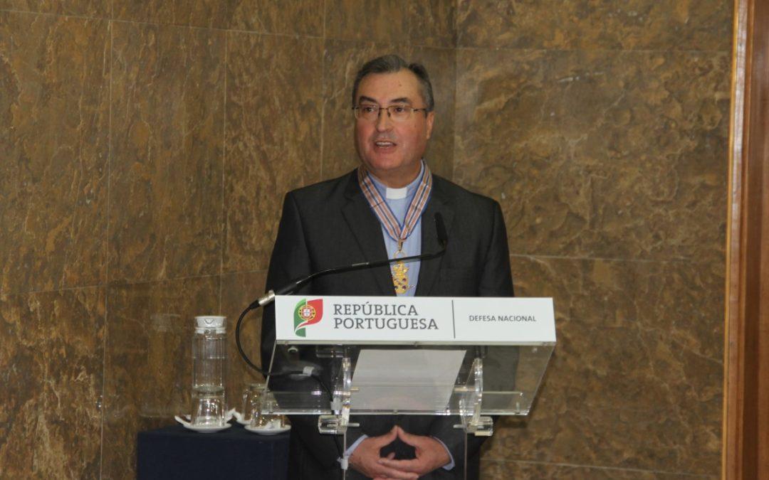 Igreja/Sociedade: D. Manuel Linda recebeu condecoração do Ministério da Defesa (C/vídeo)