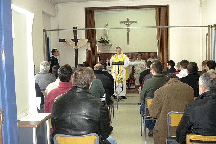 Lamego: Grupo de reclusos recebeu visita de D. António Couto