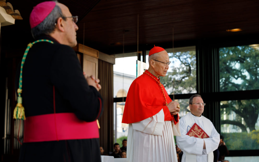 Fátima: Peregrinação internacional é presidida pela primeira vez por um cardeal chinês