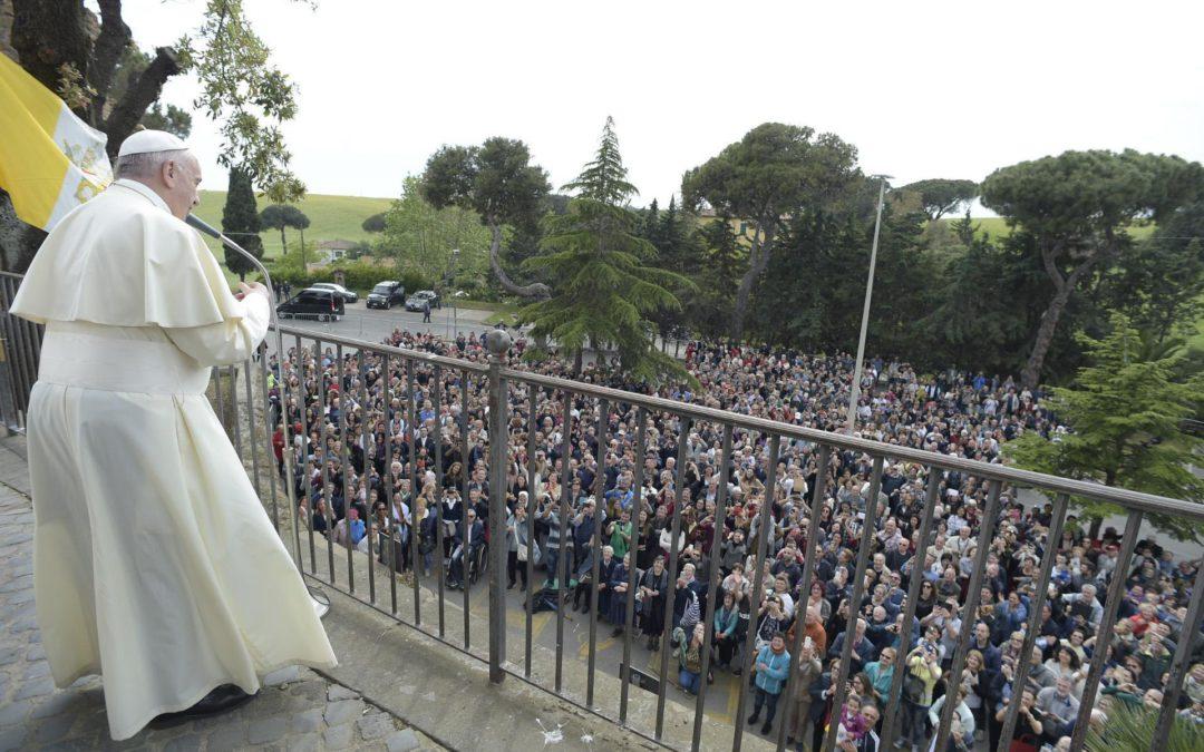 Itália: Papa presidiu a oração pela paz na Síria e no mundo