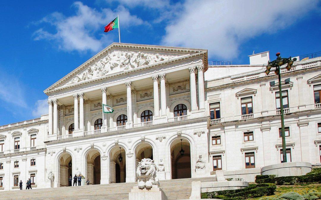Eutanásia: Ricardo Batista Leite denuncia «tentativa de acelerar» debate