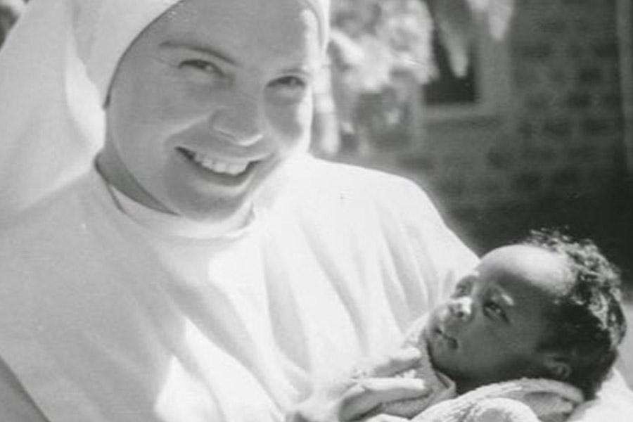 Vaticano: Papa reza pela paz em África, homenageando religiosa assassinada na Somália