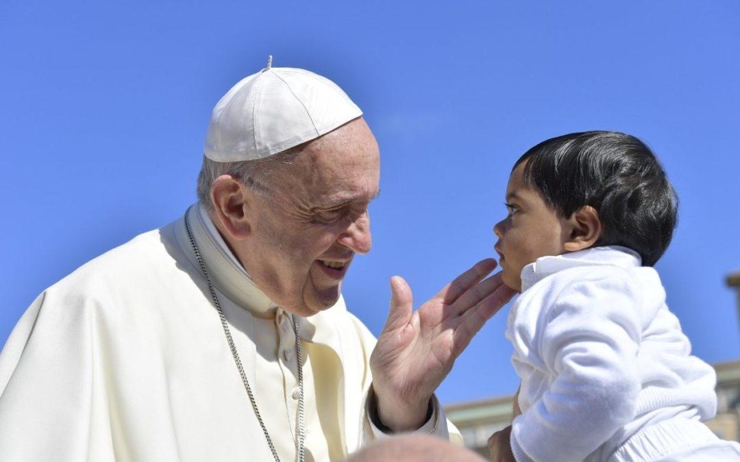 Vaticano: Papa diz que «educação cristã é um direito das crianças» (c/vídeo)