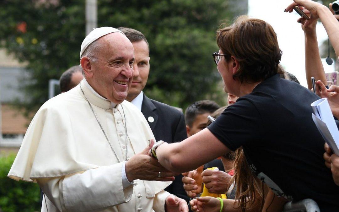 Igreja/Sociedade: Papa lamenta ditadura do trabalho que rouba tempo às famílias