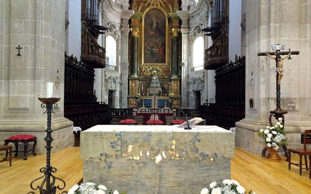Corpo de Deus: Festa na Diocese de Lamego marcada pela bênção no novo altar da Sé