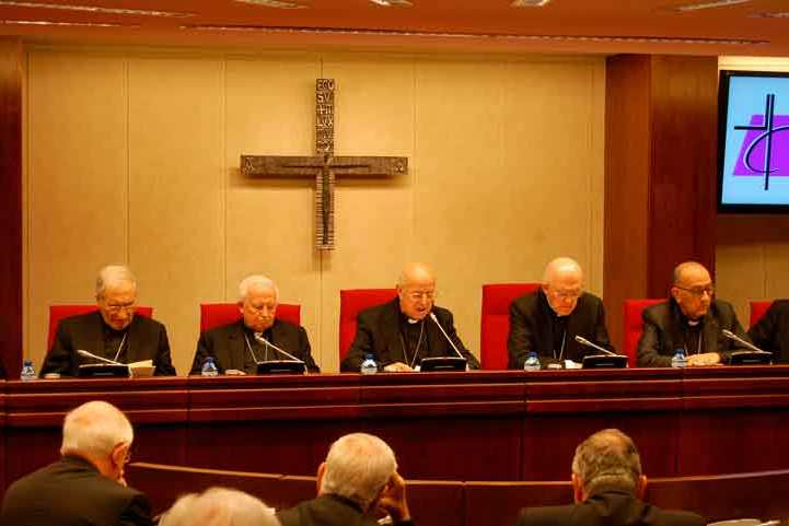 Igreja/Estado: Bispos católicos afirmam disponibilidade «em colaborar» com primeiro-ministro espanhol