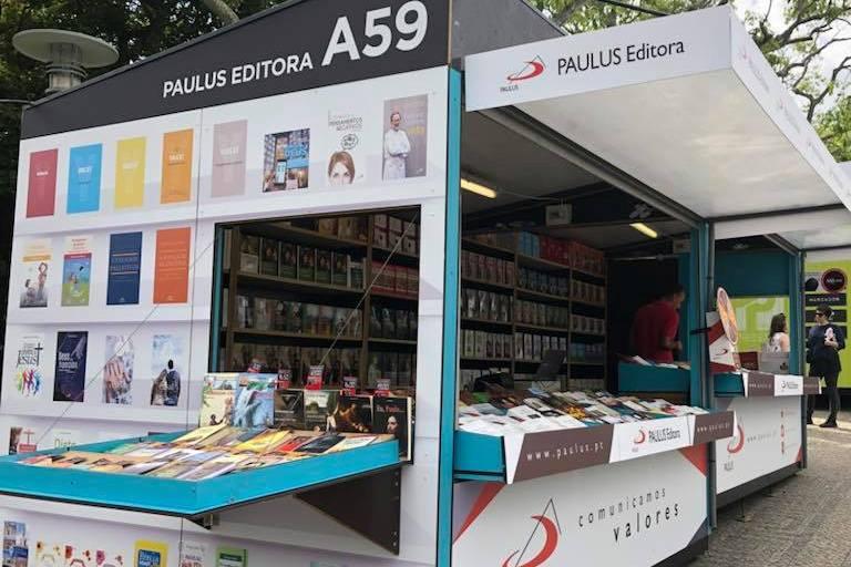 Sociedade: Editoras e livro com marca católica são proximidade da Igreja na Feira do Livro de Lisboa