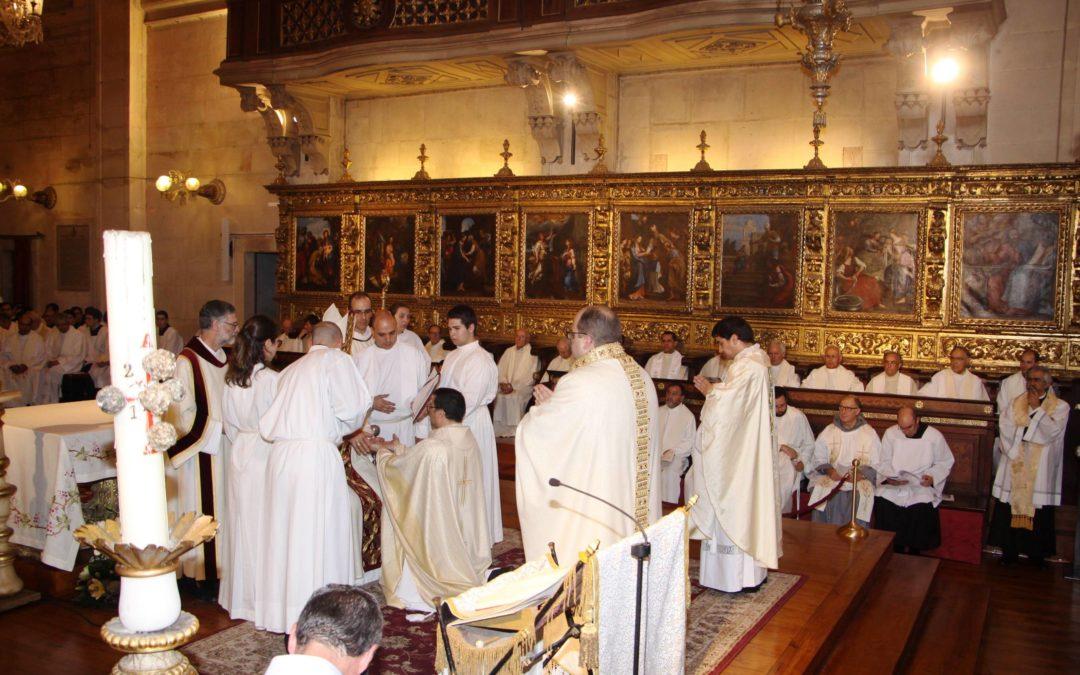 Coimbra: Bispo fala em «novo alento» para a diocese com a ordenação de três sacerdotes e um diácono