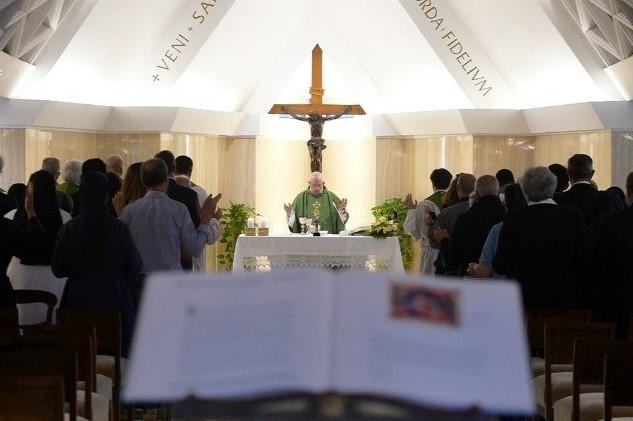 Vaticano: Papa denuncia «pecado» da exploração das mulheres