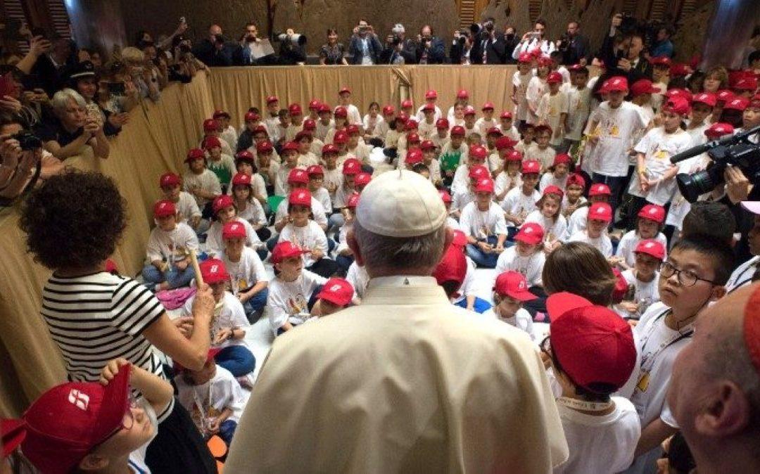 Sociedade: Papa assinala Dia Mundial Contra o Trabalho Infantil no Twitter