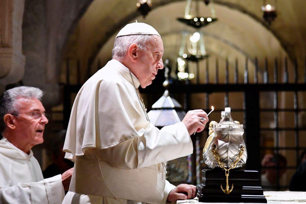 Médio Oriente: Papa evoca «grande sofrimento» dos cristãos e critica «cumplicidade» de quem os ignora (c/vídeo)