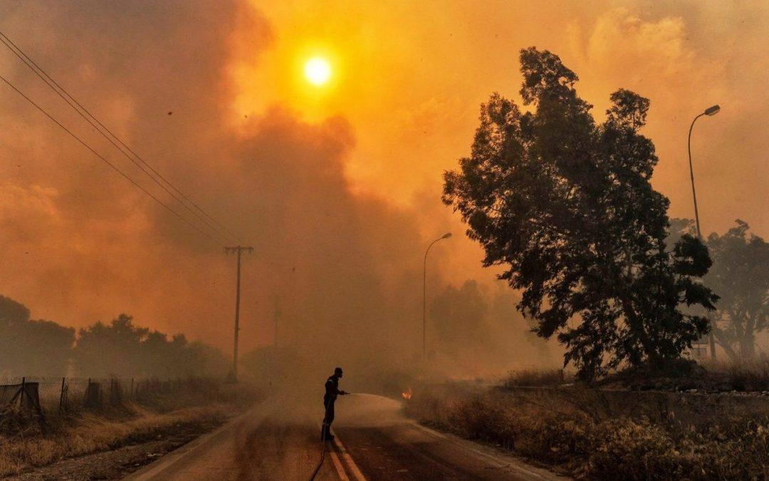 Incêndios: Cáritas promove recolha de fundos em igrejas católicas da Grécia