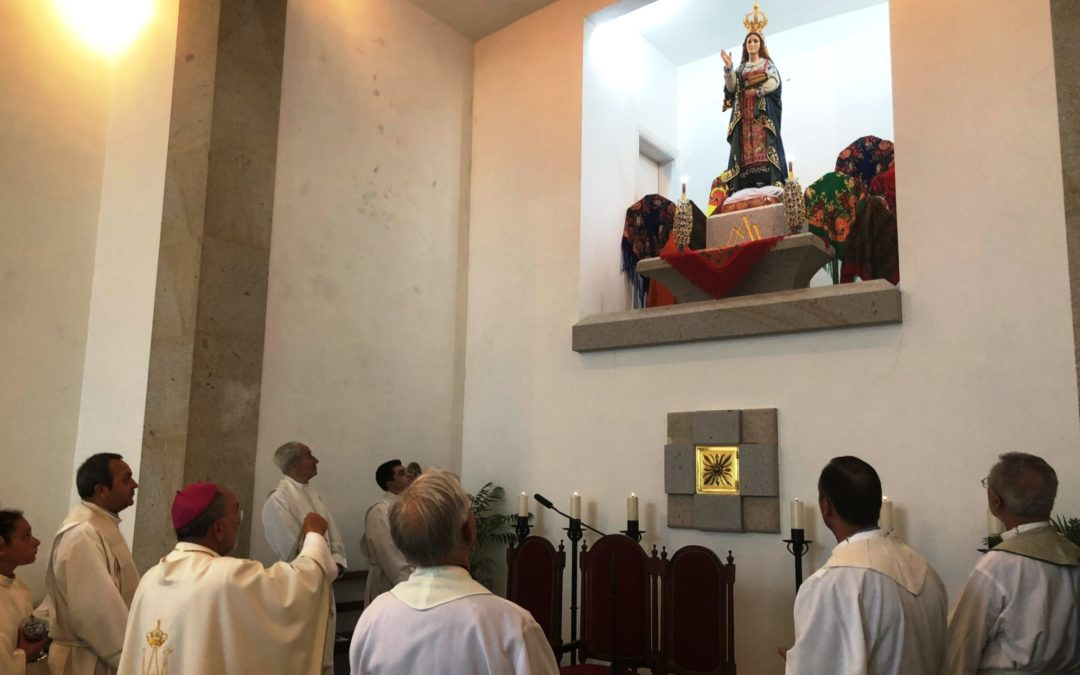 Viana do Castelo: Bispo coroou imagem de Nossa Senhora da Conceição do Minho