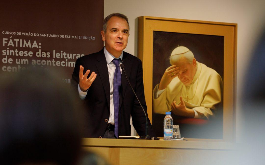 Igreja/Sociedade: «Fátima é, desde o início, um acontecimento nacional» – Rui Ramos