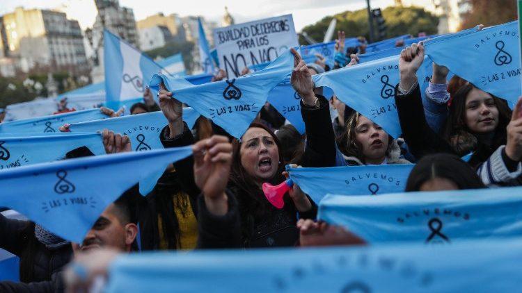 Argentina: Oração pela vida reuniu milhares na Basílica de Luján