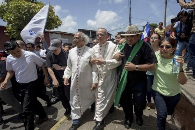 Nicarágua: Igreja Católica condena agressão a bispos e representante do Papa